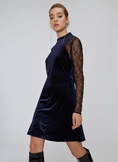 People By Fabrika Tül Detaylı Kadife Elbise Lacivert